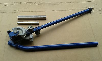 plumbers pipe bender includes 15 and 22mm formers