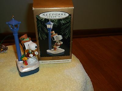 Hallmark Peanuts Flickering Light 1994 Ornament