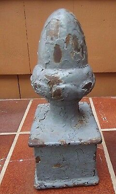 Vintage Cast Iron Post Pole Fence Finial 7 1/2 inches tall 4 x 3 base