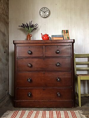 Large Victorian Mahogany Chest Of Drawers With Turned Hardwood Knobs