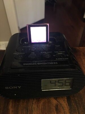 Alarm clock Sony With 30 Pin Charger