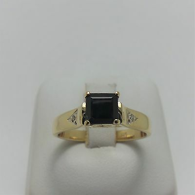9ct YELLOW GOLD BLUE SAPPHIRE & DIAMOND RING - RING SIZE P