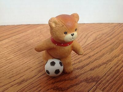 LUCY & ME SOCCER FIGURINE Enesco Sports, Soccer Ball 1982 DARLING!