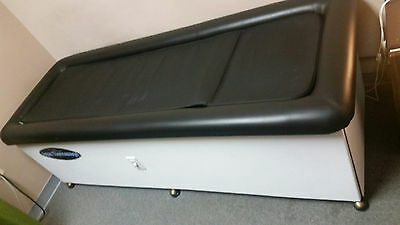Aqua Thermassage Chiropractic Therapy Massage Table