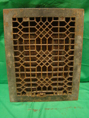 ANTIQUE LATE 1800'S CAST IRON HEATING GRATE UNIQUE ORNATE DESIGN 14 X 11 g