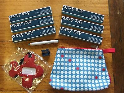 Weekender Eye and Lip colour, case and tag 8 item set - $120RRP – Mary kay