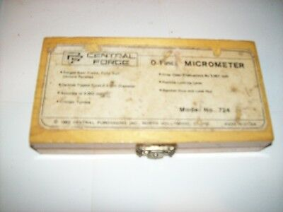 Central Forge Micrometer 0-1 inch Model no. 724