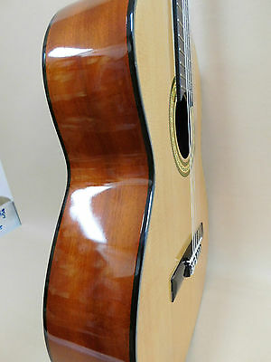 Caraya C-956N Spruce Top Classical Guitar + Gig Bag + Strings - Factory 2nd