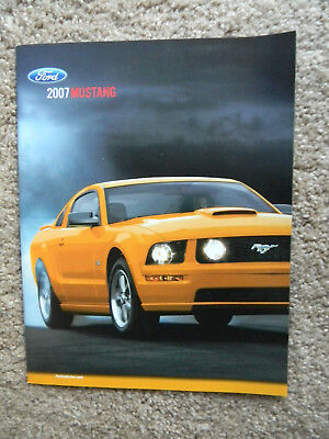 NEW 2007 Ford Mustang GT / Cobra sales brochure dealer catalog literature