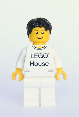 LEGO® House Minifig - from set 4000010 - Includes Rare Tile!