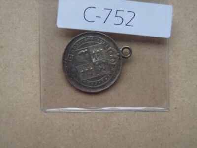 VINTAGE GREAT BRITAIN 1887  SHILLING SILVER JEWEL pendant       S752