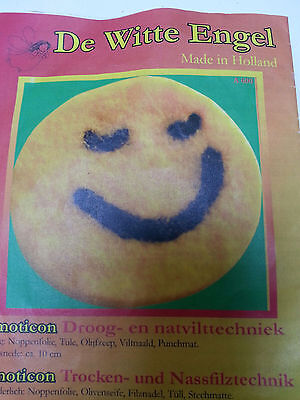 Emoticon Felting Kit with instruction, craft, autumn, kids, handmade gift, easy