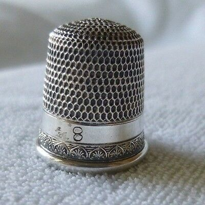 Antique Sterling Silver Anthemion Pattern Thimble Simons Bros. Size 8