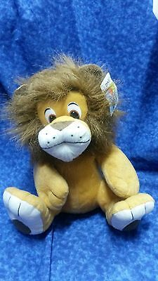 Classic Toy plush squeezable lion with nice full mane