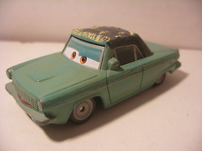 Mattel Disney Pixar Voiture CARS 2 Die Cast Metal 1/55 RUSTY RUST EYE