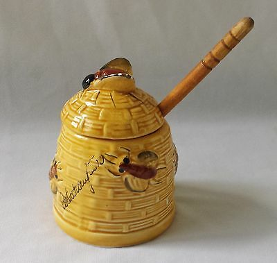 Vintage C1970's Beehive Shaped Honey Pot With Wooden Server - Kitchenalia