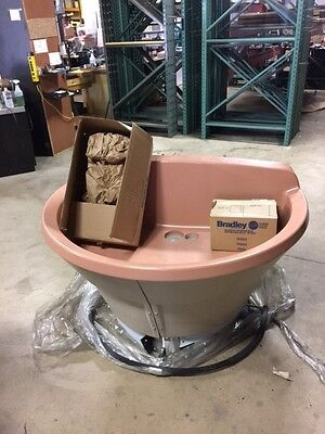 NEW Bradley WF2804F-B-MMV-LSD, Wash fountain, 54 inch Semi-Circular, Sandbox