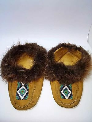 BEADED NATIVE NORTH AMERICAN MOCCASINS with Rabbit Fur Trim Sherpa Liner Cree