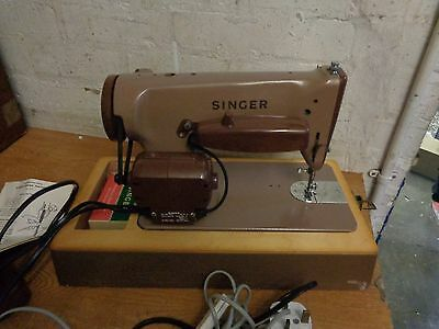* Vintage Singer 275 Sewing Machine