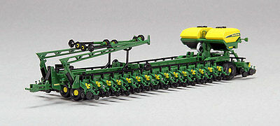 "1/64 SPECCAST John Deere Bauer Built DB 206 36 Row 30"" Planter with 420 Gal tank"