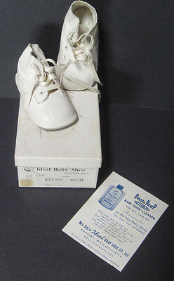 Vintage Mrs Day's Ideal Baby Shoe in Original Box