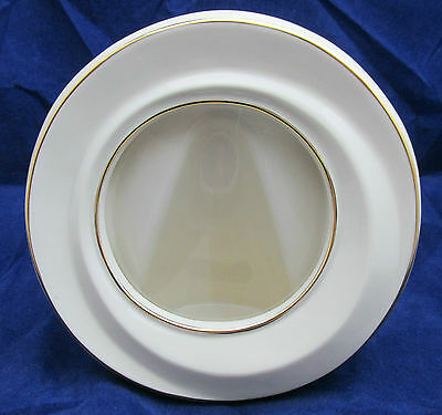NEW Lenox Ivory and Gold Round Picture Frame COA 24K Gold Trim Brand New In Box