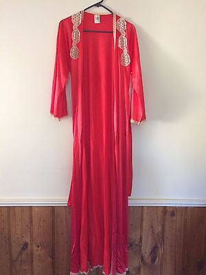 Vintage Diamond Cut Long  Robe  sz 12 100% Nylon Red Just Stunning !!!