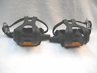 "**new Road Bike/hybrid/mtb 9/16"" Black Composite Pedals With Toeclips & Straps**"