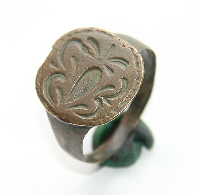 Ancient Bronze Finger Pseudo-Heraldry Stamp Ring (DCR01)