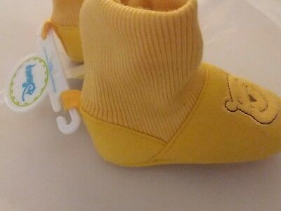 winnie the pooh baby shoe