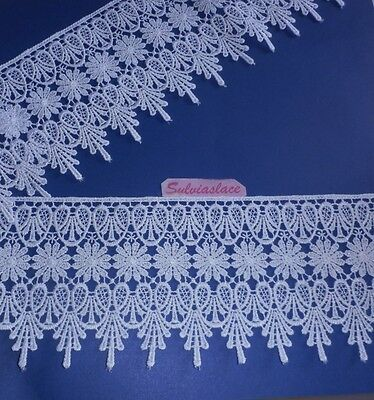 1.90   metres  of   Stunning   White   Guipure   Lace   11.50     mm    Wide