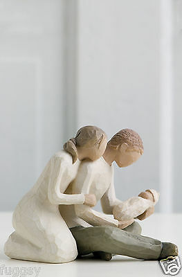 angel 39 s embrace mother and child willow tree figurine by. Black Bedroom Furniture Sets. Home Design Ideas