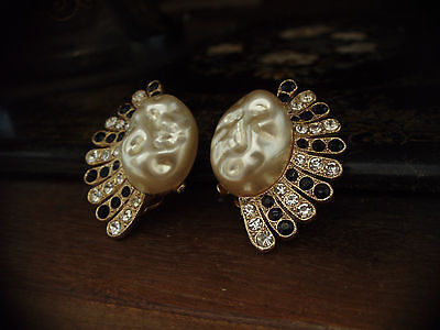 Vintage Large Baroque Pearl Black & Clear Crystal Fan Shape Clip-On Earrings