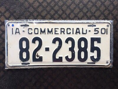 1950 Iowa Commercial License Plate 82 2385