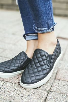 NWB Steve Madden ECENTRCQ Quilted Leather Slip-On Sneaker Black / Blush / Grey