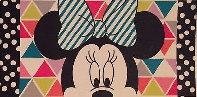 Disney Store Minnie Mouse Retro Screen Art Beach Towel Kids Adult Gift New