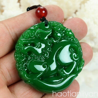 Chinese 100% Natural Emerald Green Jade Mythical Animal Pixiu pendant necklace