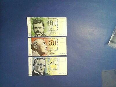 FINLAND: Set of 3 Markkaa Banknotes  - Extremely Fine Condition