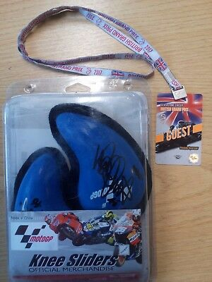 Official MotoGP 2017 Knee Sliders Signed By Valentino Rossi #46 (Hospiscare)