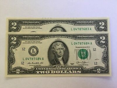 2 consecutive uncirculated US two dollar notes. Very rare.
