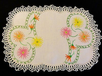 Vintage Hand Embroidered Doily Daisy Design