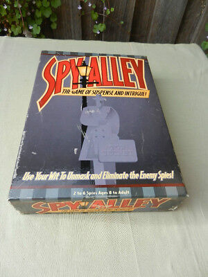 SPY ALLEY Vinatge BOARD GAME