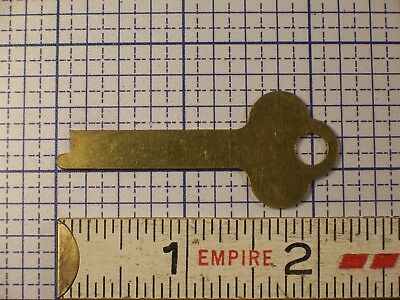 Vintage Flat Brass Key Trunk Padlock Antique Lock Box Desk Cabinet Key Blank
