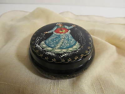 Vintage Russian Metal Lacquer Ring Box Black/Red Round.
