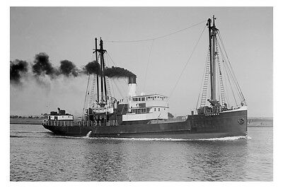 ss CORAMBA - Port Fairy Warrnambool Melbourne service modern digital Postcard