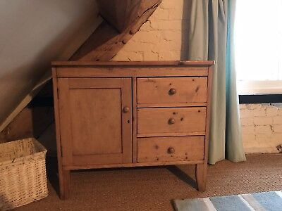 Gorgeous! Cute Old Antique Pine Farmhouse  Sideboard. Cupboard. Cabinet