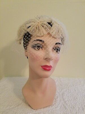 Women's Vintage 50's Bridal/Cocktail Hat with Netting and Chiffon Flowers EUC
