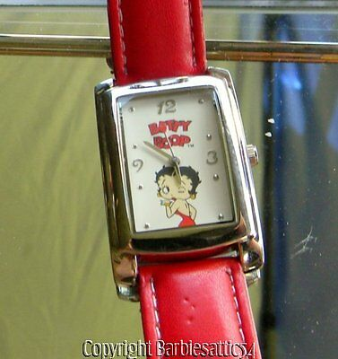 2005 Betty Boop Ladies Watch Needs Battery Red Wrist Band