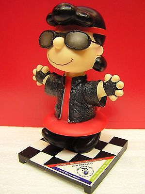 Peanuts Looking For Lucy Westland Low Rider Lucy Statue Figurine