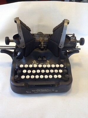 Rare Vintage Oliver Typewriter No 9 - Chicago USA